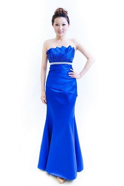蓝色鱼尾礼服